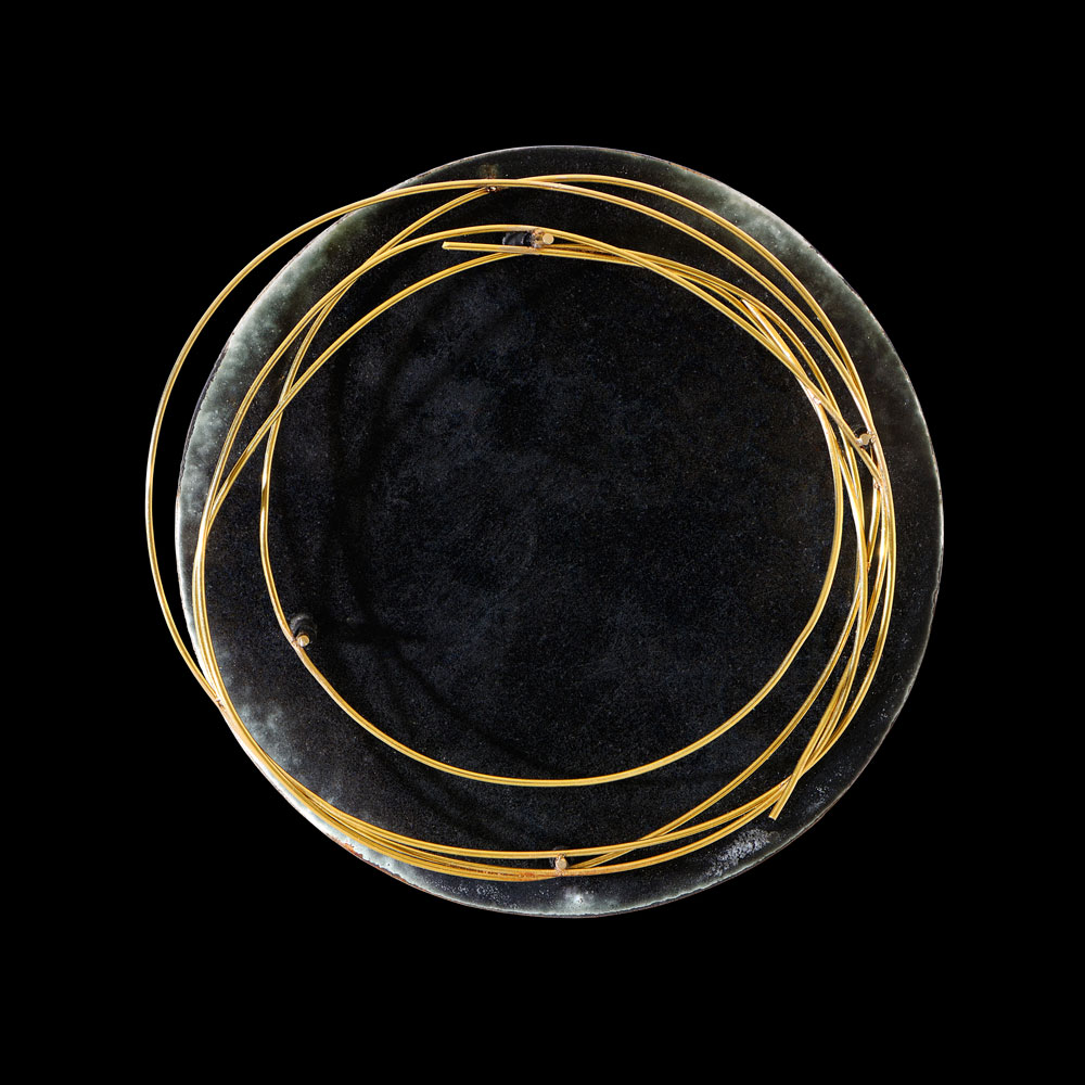 Gigi Mariani. Brooch: Thoughts, 2016. Silver,18kt yellow gold, enamel, patina..