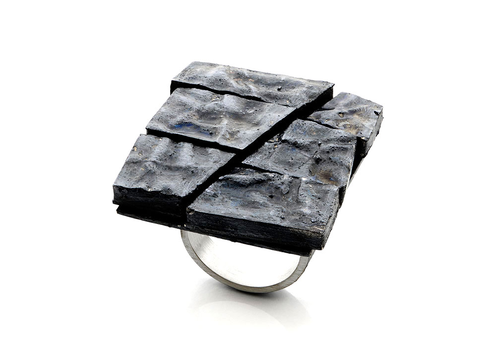 Gigi Mariani. Ring: Black, 2017. Silver, niello patina. 3 x 3,5 x 2,3 cm. From series: Alchemical.
