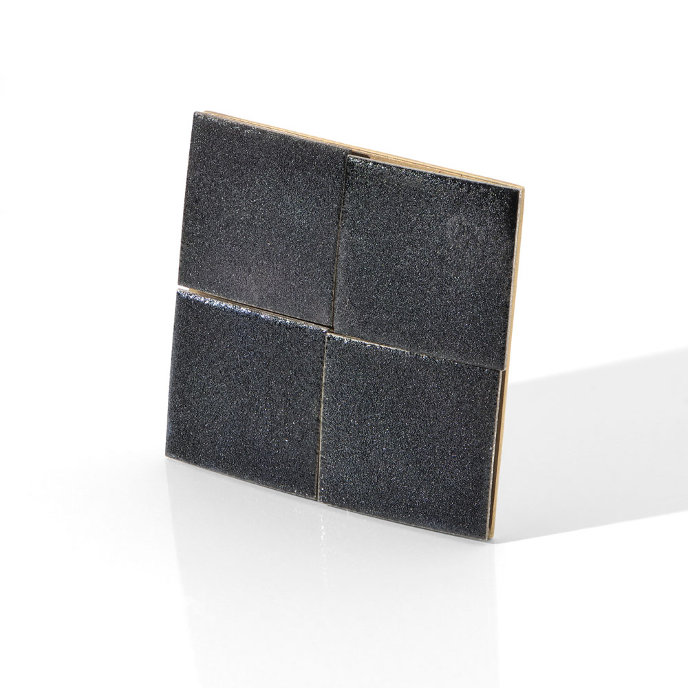 Gigi Mariani. Brooch: Black mirrors, 2019. Silver, vitreus enamels, gold plated silver, steel. 5 x 5 x 0.4 cm. Alternative view.